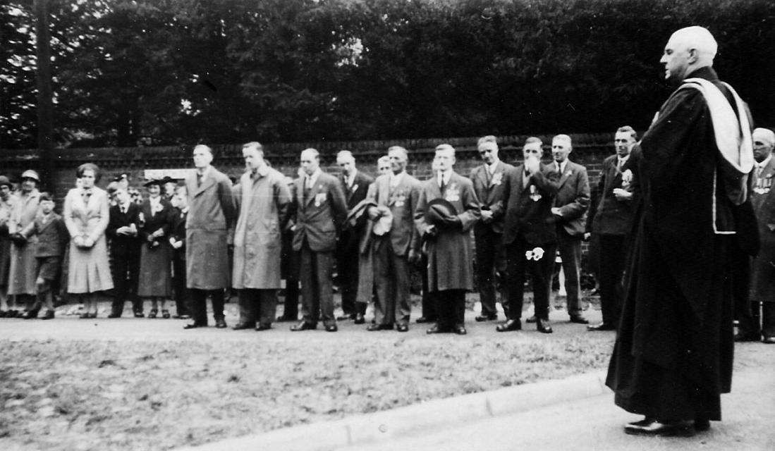 Catton sign dedication - 1937